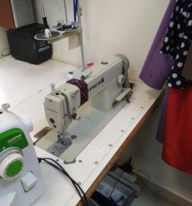 Промышленная швейная машинка typical