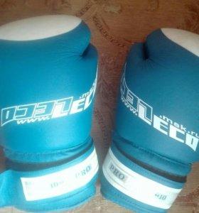 Перчатки боксерские(тхэквондо)