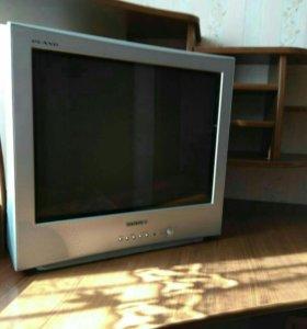 Телевизор Самсунг .