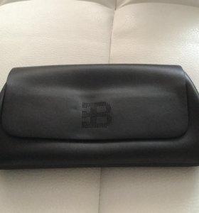 Клатч Bugatti