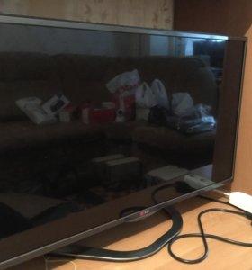 Телевизор LG 32LA621V