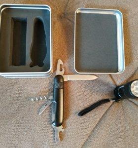 Набор фонарь+нож