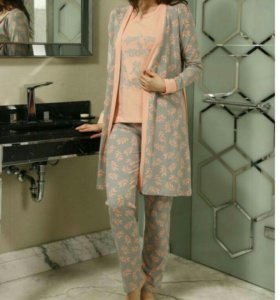 Пижамы.