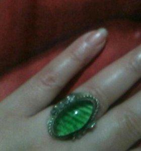 Старинное кольцо с авантюрином