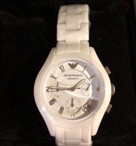 Часы новые Armani