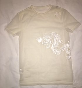 Прозрачная футболка, Италия