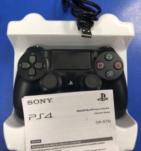 Геймпад DualShock 4 (PS4) беспроводной.