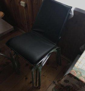Набор стульев 4 штуки