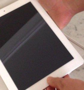 Продам Apple iPad 3 32Gb Wi-Fi белый