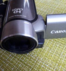 Видеокамера CANON LEGRIA HFR 106 E