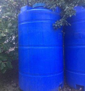 Емкость для воды 2500 л.