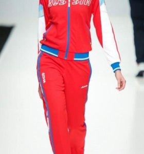 Спортивная женская форма российской сборной