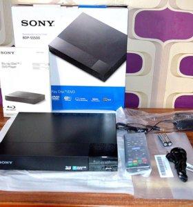 Новый в упаковке видеоплеер Blu-ray Sony BDP-S5500