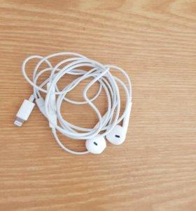Продам наушники для Apple IPhone