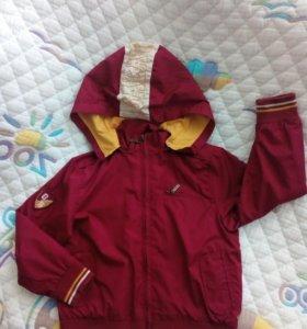 Осенняя куртка ветровка