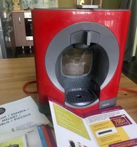 Кофеварка (капсульная кофемашина)