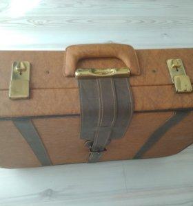 Ретро чемодан, винтаж