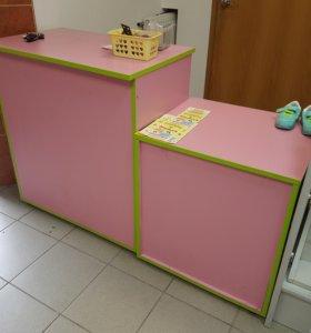 Прикассовый стол и тумба