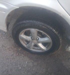 Шина Bridgestone 205/65 R15