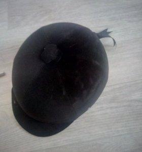 Шлем для верховой ездв