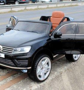 Электромобиль Volkswagen Touareg белый,черный цвет