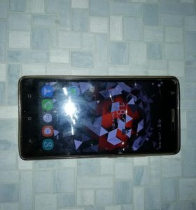 Смартфон OUKITEL C4