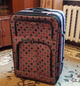 Большой фирменный чемодан