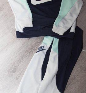 Костюм новый Nike оригинал