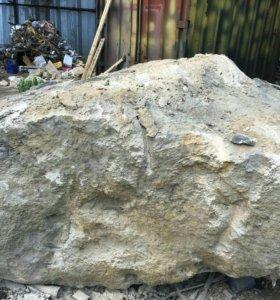 Камень горной породы