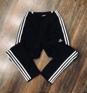 Продам спортивные утепленные штаны adidas