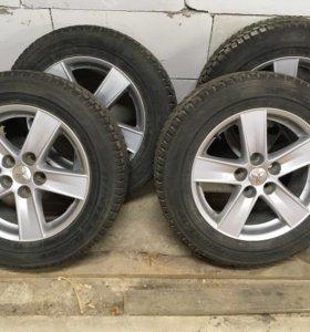 Колёса в сборе 205/60R16 Dunlop