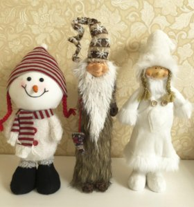 Игрушки новогодние под ёлку