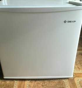 Компактный холодильник dexp