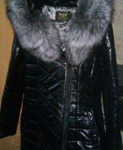 Пальто из экокожи с чернобуркой
