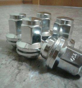 Гайки М14×1,5 с шайбой
