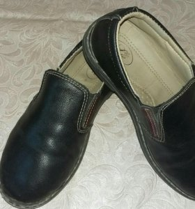 Туфли на мальчика р 32-33
