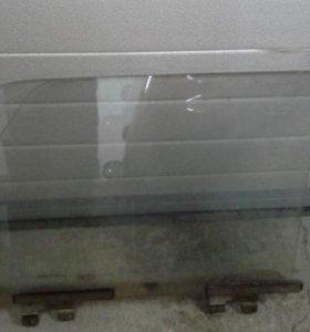 Передние боковые стекла