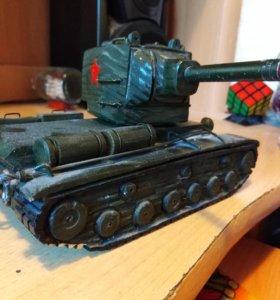 Продам танк Кв-2,ручной работы.
