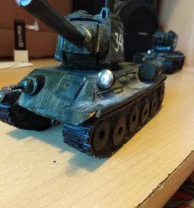 Продам танк т- 34 ручной работы.