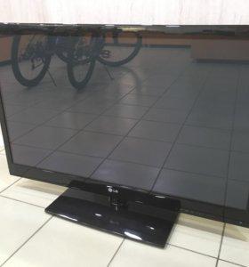 Телевизор LG 42pj550