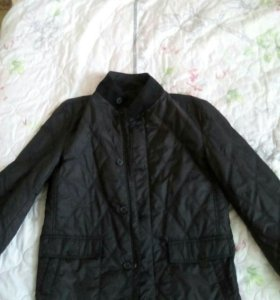 Продаю новую куртку.