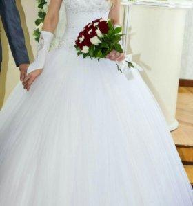 Свадебное платье,шубка в подарок