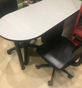 Маникюрный стол и 2 стула
