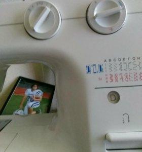 Швейная машинка zinqer