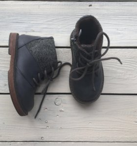 Осенние ботинки Zara