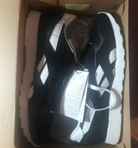 Reebok Classic Nylon Trainers In Black