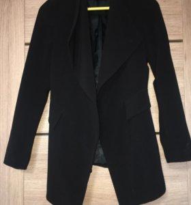 Пиджак-кардиган Zara.