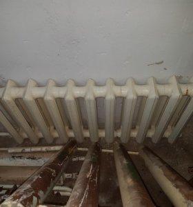 Чугунный радиатор 11 секций, не течет
