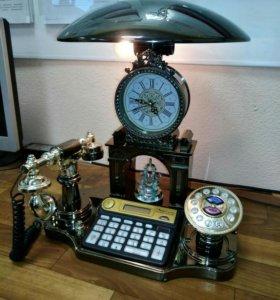 Оригинальный телефонный аппарат.