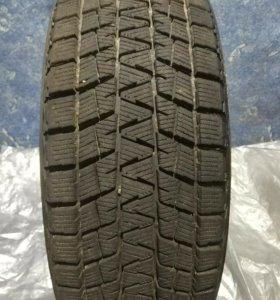 Колесо 215/65/16 Bridgestone DM-V1